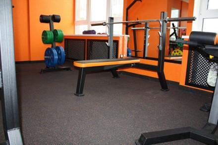 Покрытие для тренажерных залов, спортивный мат, резиновый мат. Днепр. фото 1