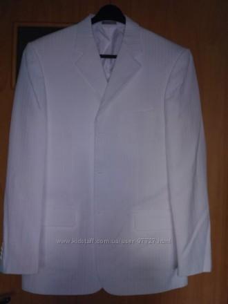 Белый летний мужской костюм. Славутич. фото 1
