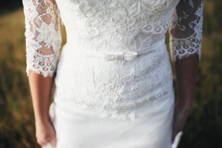 Продам шикарное свадебное платье со шлейфом!  Размер 42-44, цвет айвори. Платье. Чернигов, Черниговская область. фото 2