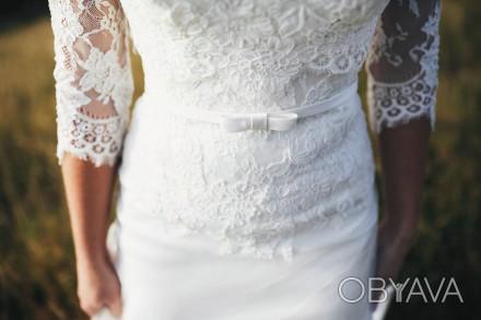 Продам шикарное свадебное платье со шлейфом!  Размер 42-44, цвет айвори. Платье. Чернигов, Черниговская область. фото 1