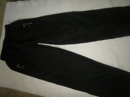 Продам брюки черные демисезонные на девочку размер s (145/60А). Харьков. фото 1