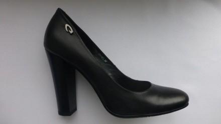 Женские туфли Jenrigo 38 размер. Кожа. Новые. Не носились. Родная упаковка. Кропивницкий. фото 1