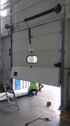 Установка и ремонт секционных ворот любой конструкции, любой сложности, любого п. Николаев, Николаевская область. фото 6