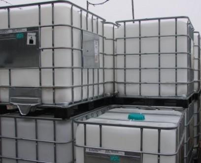 Продам мытые кубовые емкости.  1000 литров.   На железном, пластиковом и дере. Киев, Киевская область. фото 3