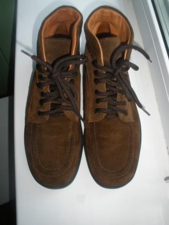 Кожаные итальянские ботинки 35р (около 22,5 см по стельке). Чернигов. фото 1