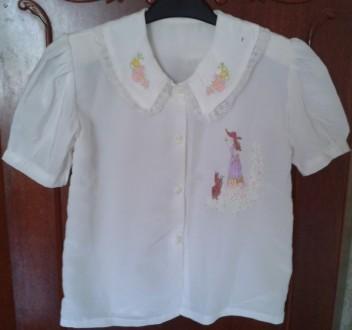 Белая блузка с вышивкой. Київ. фото 1