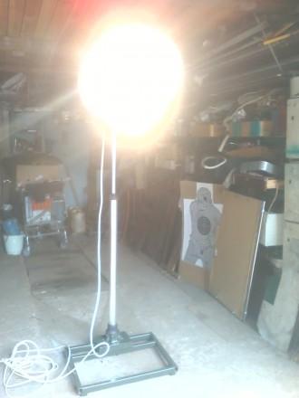 Профессиональный светильник для фотоателье («зонтик»). Белая Церковь. фото 1