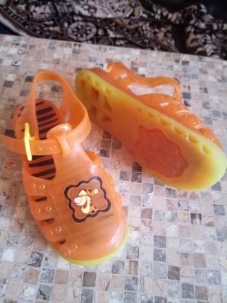 Продам сандалики для пляжа. Кам'янське. фото 1