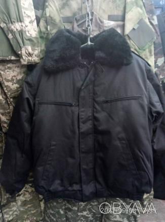 Куртки зимние черного цвета для охранников и рабочих