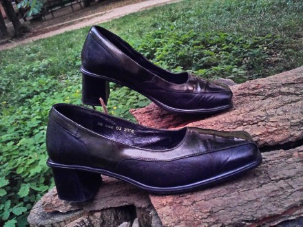 Туфли кожа 100%'хорошее сос-ие.И много др.женской обувир 38-39 и оодеждыр.50-52-. Чернигов, Черниговская область. фото 2