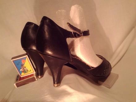 Туфли кожа 100%'хорошее сос-ие.И много др.женской обувир 38-39 и оодеждыр.50-52-. Чернигов, Черниговская область. фото 8