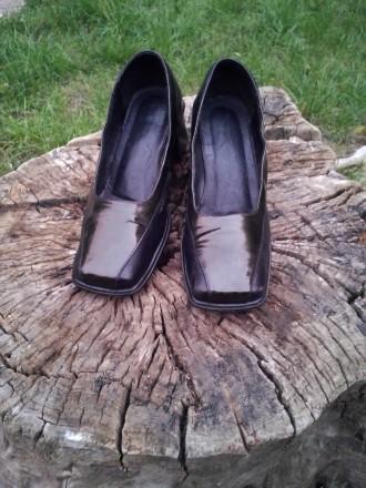 Туфли кожа 100%'хорошее сос-ие.И много др.женской обувир 38-39 и оодеждыр.50-52-. Чернигов, Черниговская область. фото 4