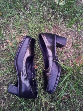 Туфли кожа 100%'хорошее сос-ие.И много др.женской обувир 38-39 и оодеждыр.50-52-. Чернигов, Черниговская область. фото 5