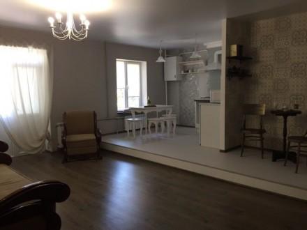 Сдам новую дизайнерскую 2х комн квартиру. Мариуполь. фото 1