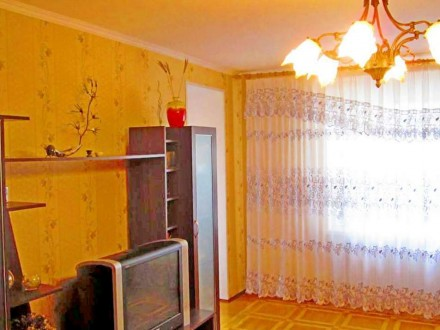 3 комнатная квартира 85 м2 с ремонтом по ул. Белова.... Чернигов. фото 1
