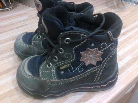 фирменные детские ботиночки. Сумы. фото 1