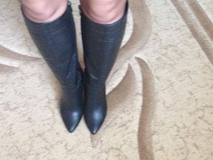 Чёрные кожаные демисезонные сапоги, были надеты один раз, не подошли по размеру.. Николаев, Николаевская область. фото 5