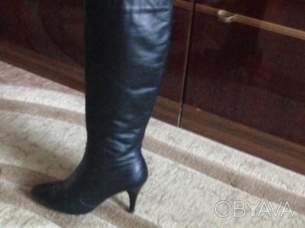 Чёрные кожаные демисезонные сапоги, были надеты один раз, не подошли по размеру.. Николаев, Николаевская область. фото 1