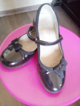 Шкіряні лаковані туфлі. Житомир. фото 1