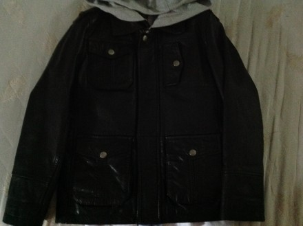 Куртка кожанная. Ровно. фото 1