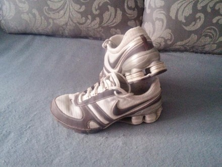 Кроссовки женские ОРИГИНАЛ Nike Shox 38 размер,состояние 4 из 5-ти. Житомир. фото 1