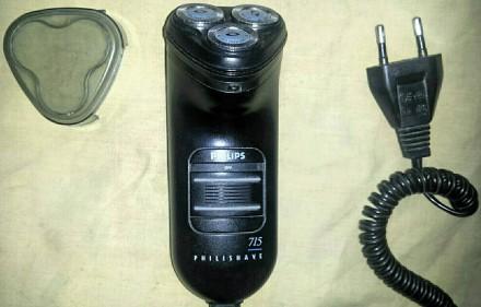 """Продам две электробритвы: Первая: ,,PHILIPS PHILISHAVE-715"""", с (тремя) плавающим. Мариуполь, Донецкая область. фото 2"""