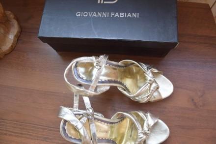 f3ebecd87 Кожаные босоножки итальянские Giovanni Fabiani 37 размер. Обутые 2-3 раза.  Цвет .