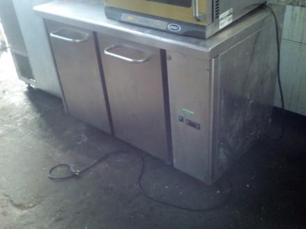 Продам холодильный стол б/у итальянского производства с гарантией 6 месяцев. Сто. Киев, Киевская область. фото 2