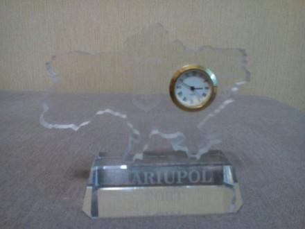 Сувенирные настольные часы. Материал оргстекло.. Мариуполь, Донецкая область. фото 2