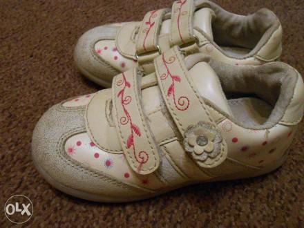 Кроссовки для девочки 24 размер 15 см стелька. Мариуполь. фото 1