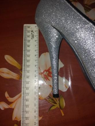 Красивые туфли на высоком каблуке 13 см подойдут для любого торжества. Удобные, . Сумы, Сумская область. фото 6