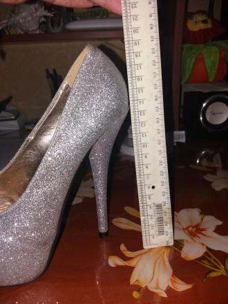 Красивые туфли на высоком каблуке 13 см подойдут для любого торжества. Удобные, . Сумы, Сумская область. фото 7
