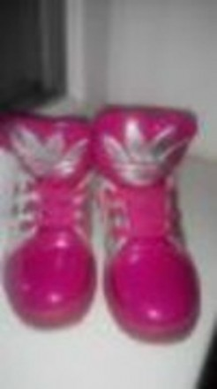 Высокие детские кроссовки. Мариуполь. фото 1