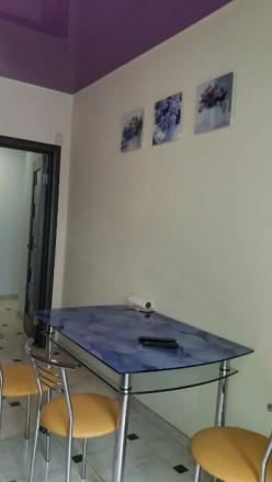 Здається 2-кім. квартира в новобудові по вул.Чорновола. Євроремонт, меблі, побут. Центр, Ровно, Ровненская область. фото 4