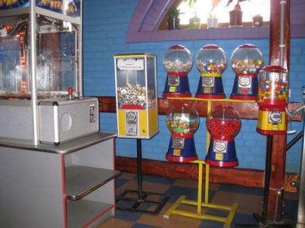 Механические и электронные торговые автоматы и наполнитель к ним.  Хотите зани. Ужгород, Закарпатская область. фото 6
