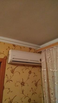 Квартира в хорошем состоянии,комнаты раздельные,санузел совмещен в кафеле. М/п о. Орджоникидзевский, Запорожье, Запорожская область. фото 5