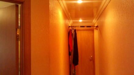 Квартира в хорошем состоянии,комнаты раздельные,санузел совмещен в кафеле. М/п о. Орджоникидзевский, Запорожье, Запорожская область. фото 2