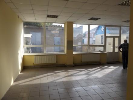 Продам отличное торговое помещение 63 кв.м. на первом этаже двухэтажного магазин. Золотоноша, Золотоноша, Черкаська область. фото 5