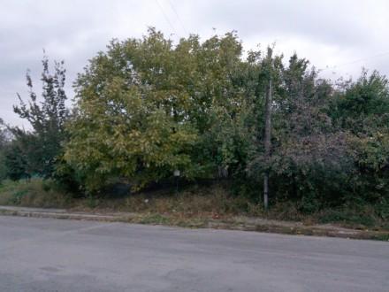 Продам участок в самом Центре города 15 соток со всеми коммуникациями на участке. Центр, Чернигов, Черниговская область. фото 9