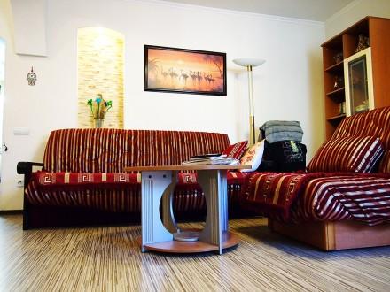 Продам дом с дизайнерским ремонтом, мебелью и техникой. Есть капитальный гараж и. Ірпінь, Київська область. фото 5