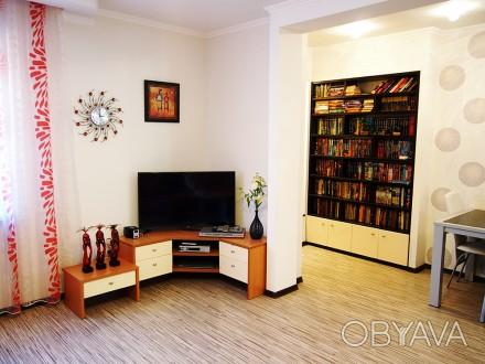 Продам дом с дизайнерским ремонтом, мебелью и техникой. Есть капитальный гараж и. Ірпінь, Київська область. фото 1