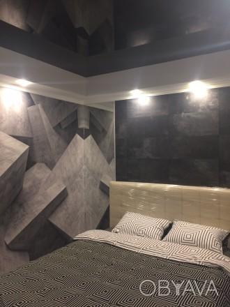2к квартира класса -ЛЮКС, в новом доме, 80 кв.м, дизайнерский проект, отличный р. Жовтневий, Маріуполь, Донецька область. фото 1