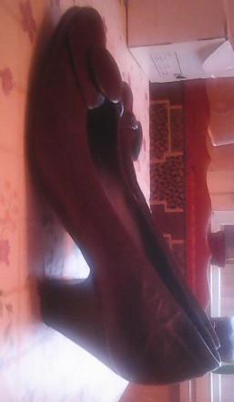 удобные кожаные женские туфли р,38, внутри 25 см, на небольшом устойчивом каблуч. Киев, Киевская область. фото 4