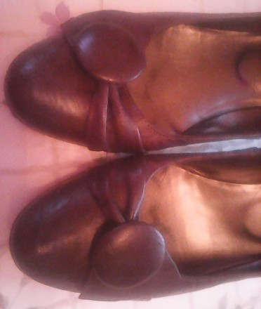 удобные кожаные женские туфли р,38, внутри 25 см, на небольшом устойчивом каблуч. Киев, Киевская область. фото 3