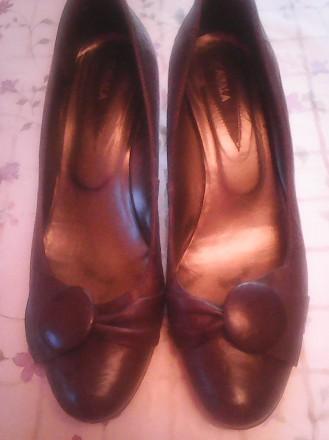 Продам женские туфли разм,38 коричневого цвета кожа, каблук 4 см. Киев. фото 1