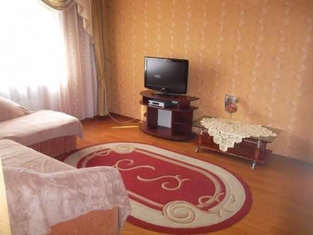 Сдаю посуточно двухкомнатную квартиру общей площадью 43 кв. м. 4 спальных места,. Мукачево, Закарпатська область. фото 3