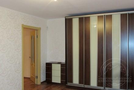 2-х комнатная квартира в новом доме на улице  Рокоссовского площадью 80/36/13 м2. Нива рынок, Чернігів, Чернігівська область. фото 4