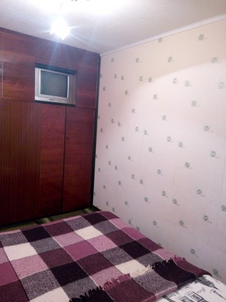 Комфортная квартира на 6спальных мест. Укомплектована розкладной мебелью быт. те. Кривий Ріг, Дніпропетровська область. фото 9