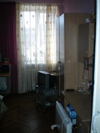 Продам 3-х комнатную квартиру в центре города Винница. Сталинка, перекрытия бето. Винница, Винницкая область. фото 4