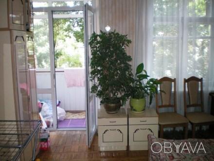 Продам 3-х комнатную квартиру в центре города Винница. Сталинка, перекрытия бето. Винница, Винницкая область. фото 1